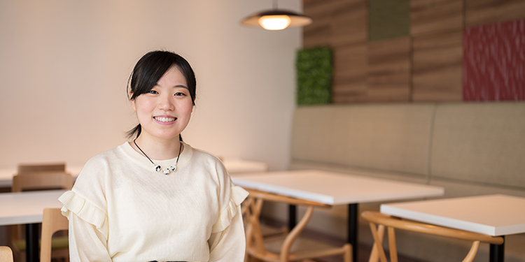情報科学部 知能工学科 4年 田中 鈴乃さん