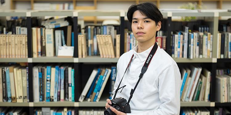 芸術学部 デザイン工芸学科 立体造形専攻 2年 亀山 慶一郎さん